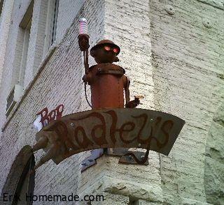 Boo Radley Corner Lamp