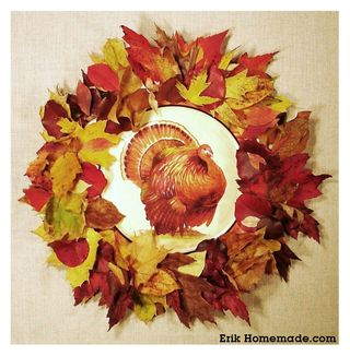Paper Plate and Leaf Wreath photo