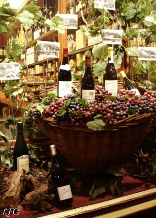 Vitrine Marchand de Vins photo
