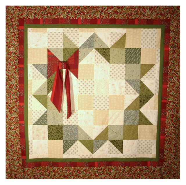 Christmas 2010 Mystery Quilt snapshot